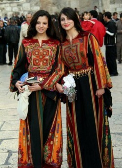 allaboutpalestine:  Ugh aren't those thobes just gorgeous…