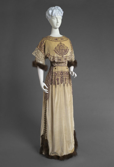 omgthatdress:  Reception Dress Callot Soeurs, 1910 The Philadelphia Museum of Art