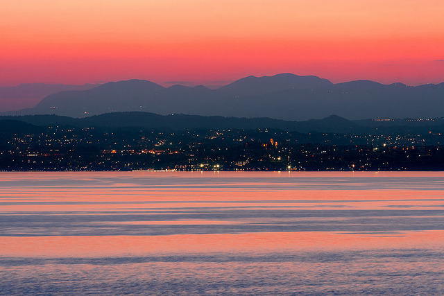 Tramonto da Sirmione by Pierpaolo. on Flickr.