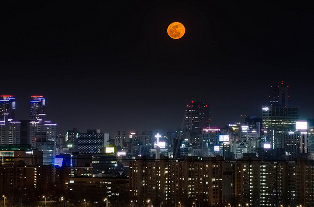Full Moon, Seoul on Flickr. www.shannonaston.com