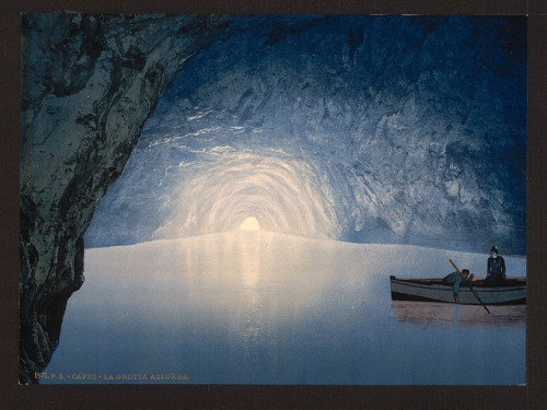 [Blue grotto, Capri Island, Italy] (LOC) by The Library of Congress on Flickr.