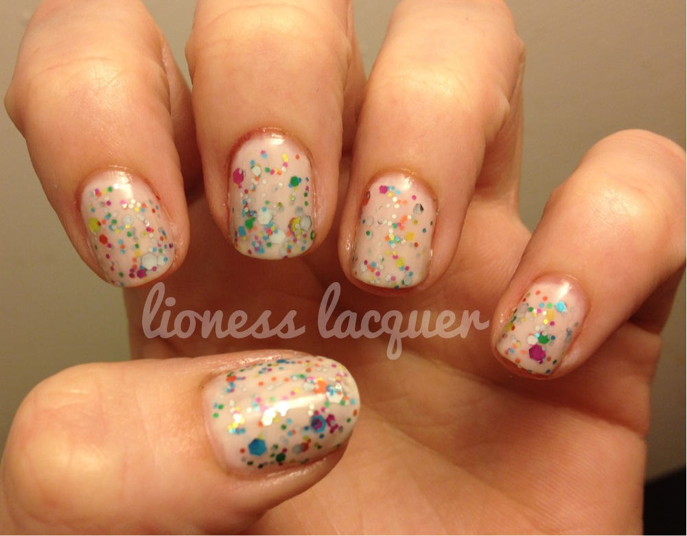 Speckled Egg Easter Mani 🐰💐  It's a jelly sammich! 2 coats of OPI Step Right Up! 1 coat Rainbow Connection and 1 coat Don't Touch My Tutu! It reminds me of speckled egg Easter candies or funfetti cupcakes! LOVE! Happy Easter!