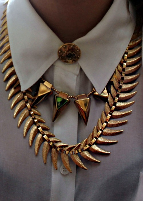th3-sza:  necklace. need a chain like this