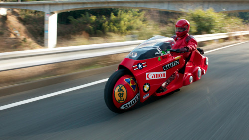 powerbanned:  Masashi Teshima's Akira bike replica. Seven years and ¥10 million (US$121,000) to make it.