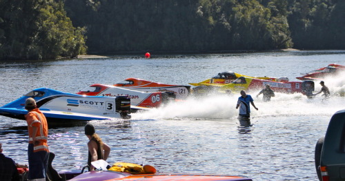NZ Powerboat Champs held at Lake Kaniere (Hokitika) this Easter weekend. AMAZING day out there!