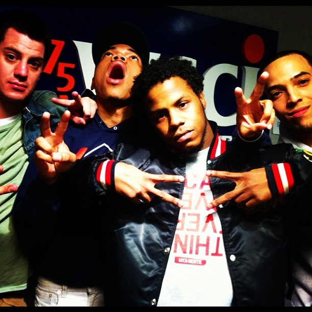 #SaveMoney Takeover #GoIllRadio @chancetherapper @calebjamesfbsm @DJTIMBUCK2 @Jseyf