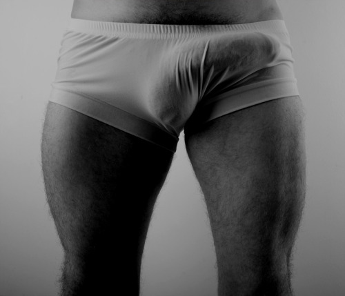 ourholestory:  amorsexus:  thicker than your average bear   ^Used that exact phrase^ when talking about D's penis yesterday :) -A