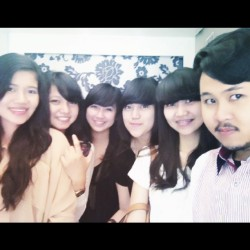 @restimasyita @upiiiit @tarisikado @amalianaramli @ichohoho #me #papyrus #bandung #ig_genk #igers #instamood #instago #photooftheday #bandung #instagram #iphonesia  (Taken with instagram)