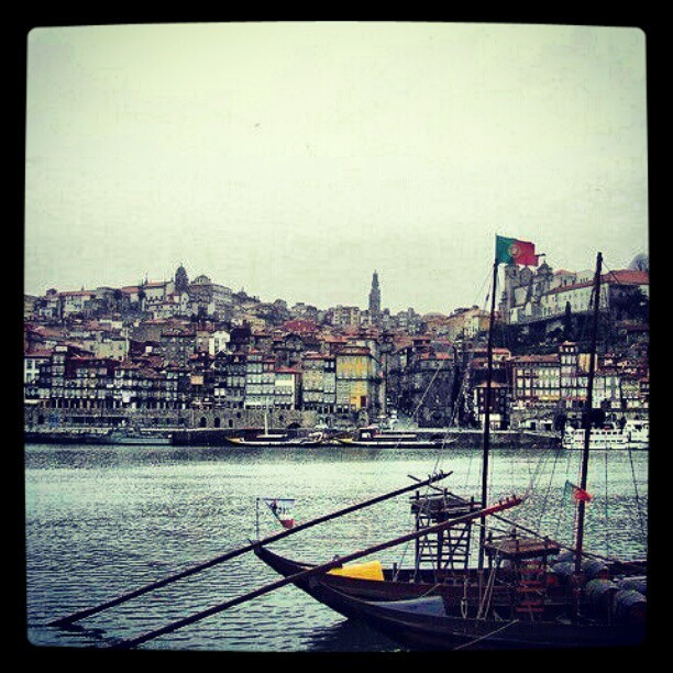 #igers #igersportugal #portugal #porto #gaia #boat #river (Taken with instagram)