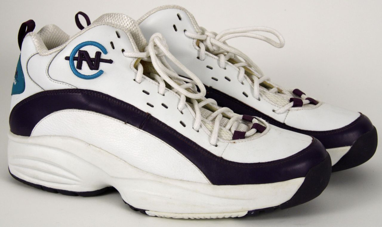 1997-98 Glen Rice Game Worn Nautica Shoes