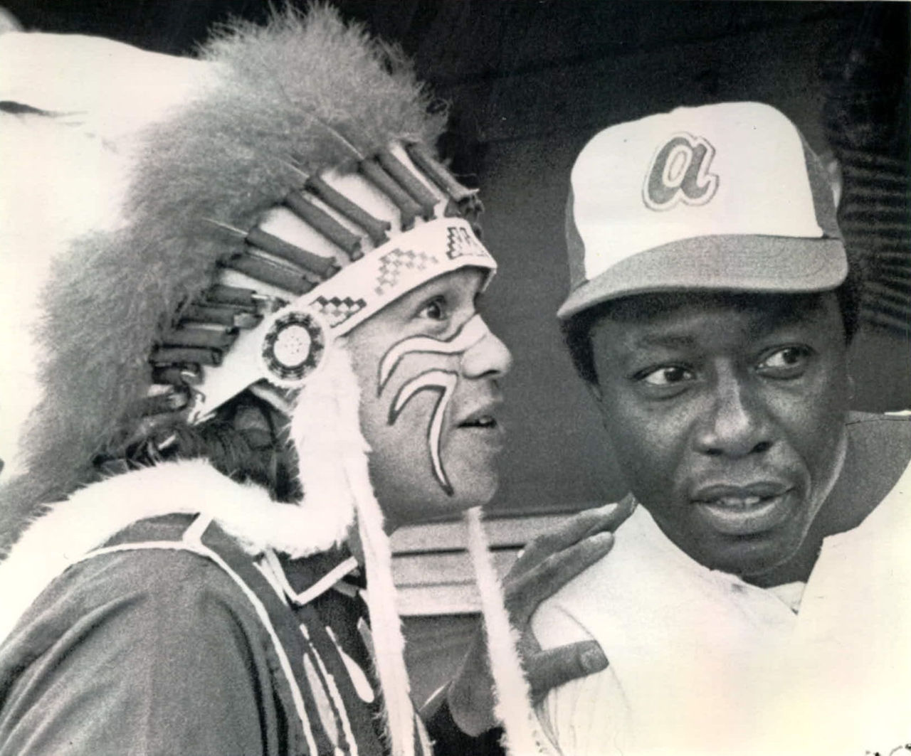 BACK IN THE DAY |4/8/74| Hank Aaron hit his 715th home run to break Babe Ruth's home run record.