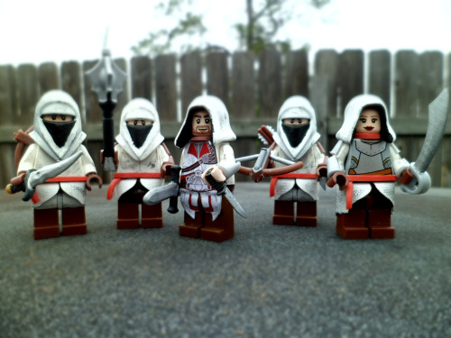 zogs-fan-fiction:  Ezio and co. minifigs.