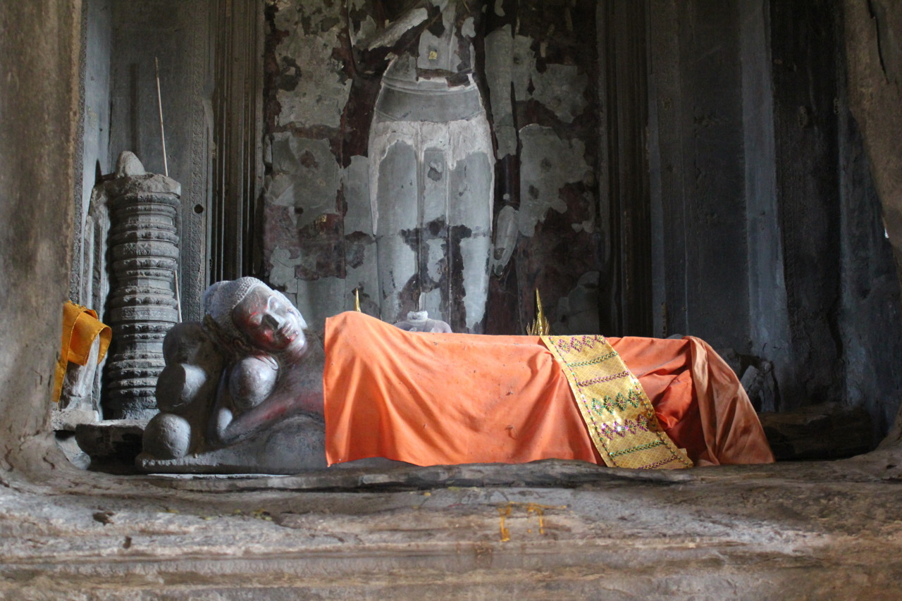 Side-lying Buddha in the central pagoda of Angkor Wat.