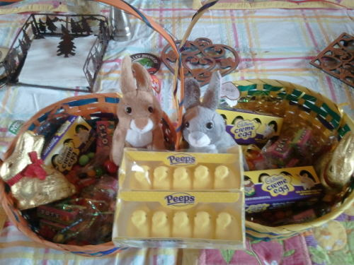 "Mom also made up an easter valley basket for my boyfriend. You can really tell she approves.. And how every time she sees him she goes ""oooooh he's soooo cute!"" This makes me soo soo happy :)"