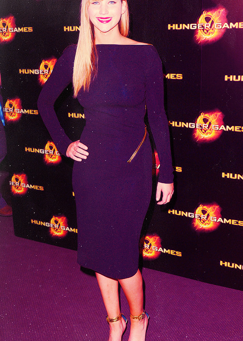 jennifer lawrence wardrobe (x)          ›› The Hunger Games Premiere in Paris