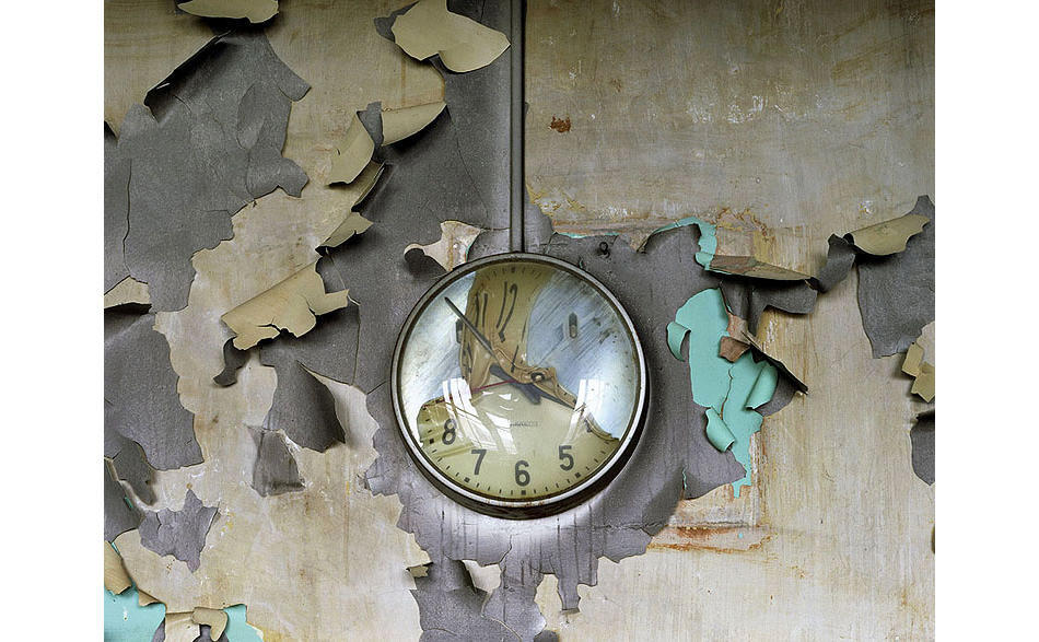 abandonedporn:  Melted clock in an abandoned school in Detroit, MI