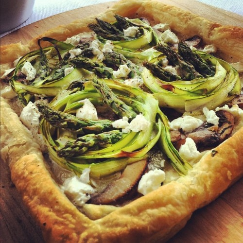 Portobello and asparagus tart with goat cheese! (Taken with instagram)