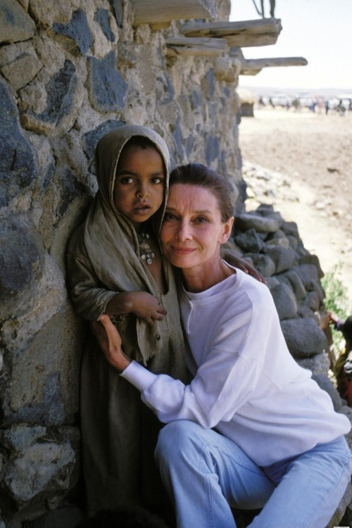 jencita:  this is why she is my hero :)  Audrey Hepburn in Ethiopia, 1988.