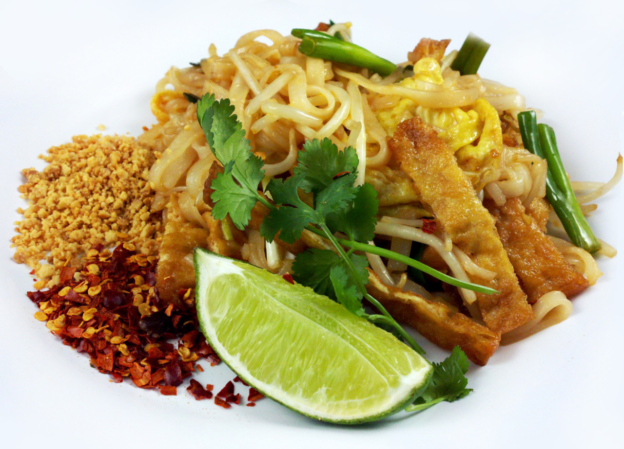 PAD THAIground peanuts - dried chili flakes A good pad thai sauce consists of (by order of weight) fish sauce, tamarind water, palm sugar, ketchup, garlic, galangal, kaffir lime leaves, thai chilies, and white pepper. We managed to come up with a pretty good vegetarian recipe that basically subbed fish sauce with tamari. The sauce was also infused with kombu and dried chanterelle mushrooms to bring out some umami.