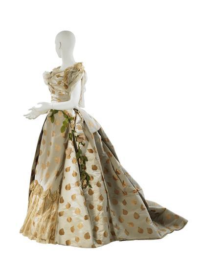 omgthatdress:  Ball Gown Charles Fredrick Worth, 1888 The Museum of the City of New York