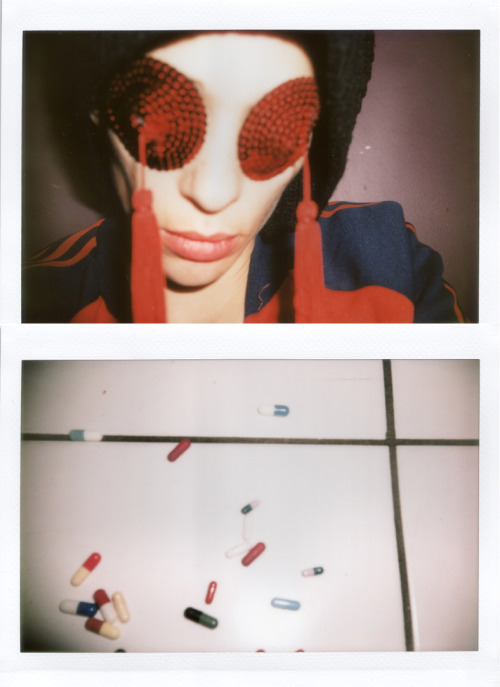 "©Jordane Yarden GAUDENZI""With pills/ Pills""/ April 2012"