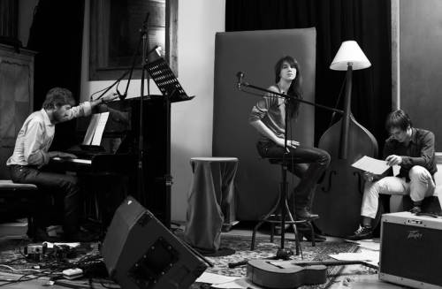 forgottenway:  Air with Charlotte Gainsbourg in the studio  <3