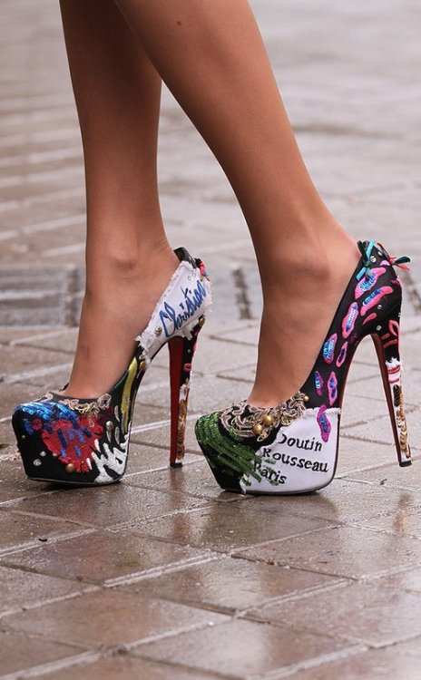 ♥ Heels ♥ !!! on We Heart It. http://weheartit.com/entry/26292753