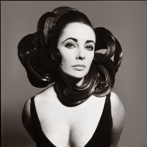 Elizabeth Taylor, New York, July 1 1964 Richard Avedon
