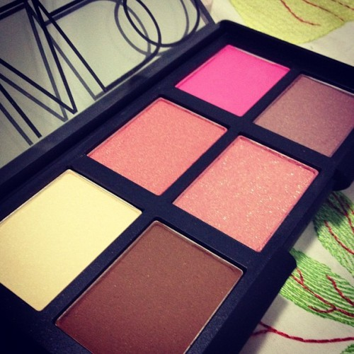 fashionjunki:  NARS: all about cheeks palette.