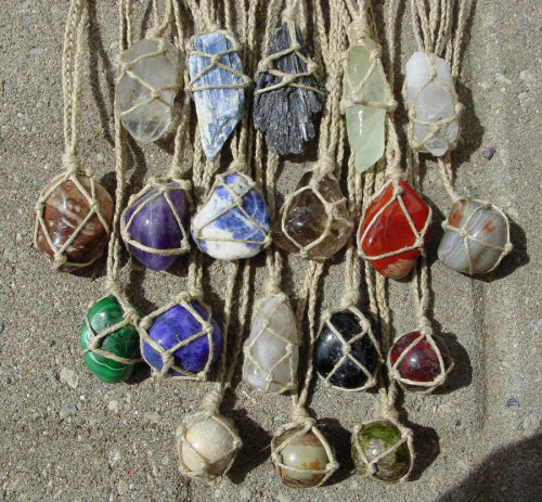 elfmagick:  can someone explain to me this crystal hemp wrap sorcery please?  If anyone knows how to do this, PLEASE put it in our ask box.