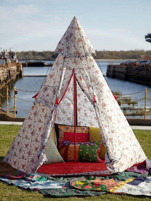 freepeople:  Cath Kidston Retro-Inspired Tents at Free People!  Let's camp in the forest and live free like a bird