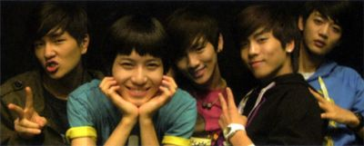 tuccsii:  aaaw how young they were :3 ♥
