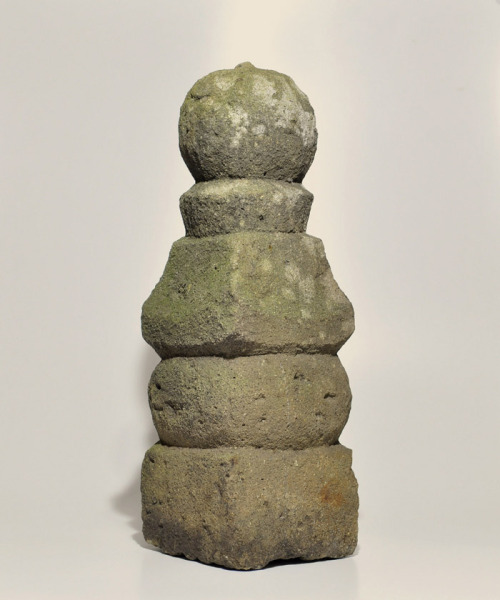 Five-tiered stupa (Gorinto) (SALE: Apr 08 -15)http://hotoke-antiques.com