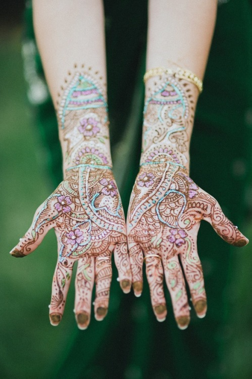 justlivesimply:  henna is beautiful.