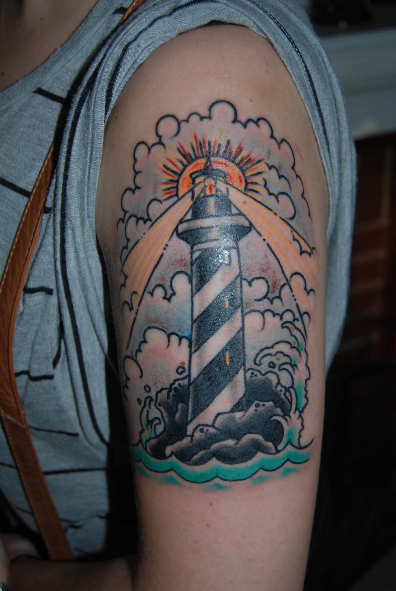 fuckyeahtattoos:  This was my girlfriend's first traditional tattoo. It was done by Jesse WIlson at Artistic Design in Indianapolis.  Jesse is an amazing tattooer, and I recommend stopping by if you're ever in Indy.