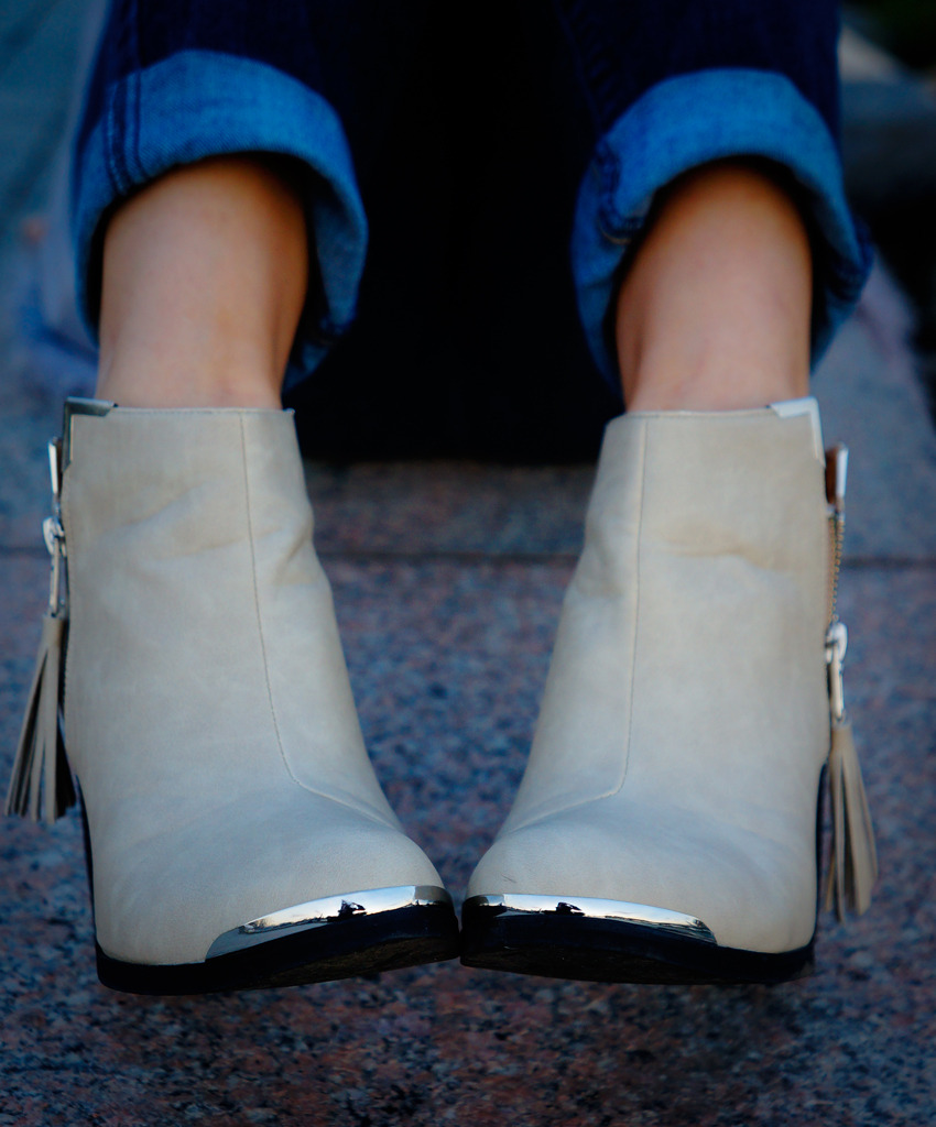 thenastygal:  The Studded Ankle Boot via Profresh Style