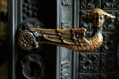 vmburkhardt:  vmburkhardt: Door knob at entrance to the Kölner Dom, Germany ~ Photo by …every.seven…