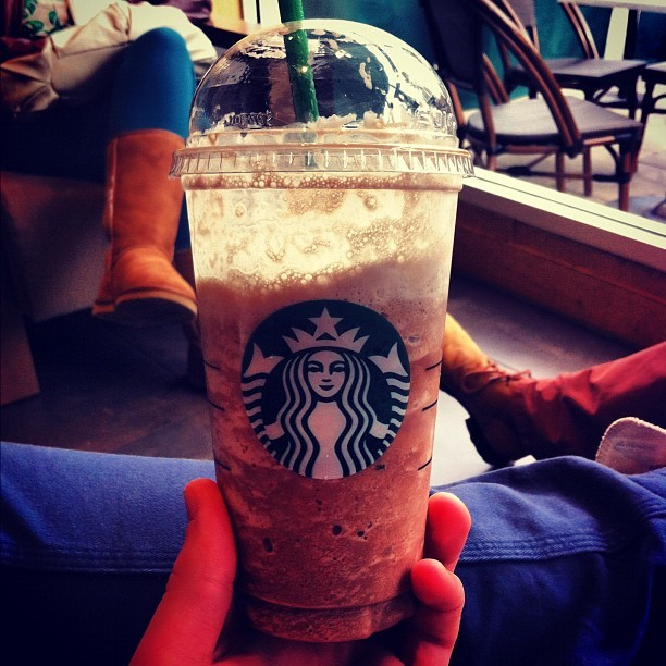 #Venti #Chocolate #Cream #Frappucino #Starbucks @starbucks #newcastle #bestoftheday #photooftheday #instagram #iphoneography #iphonesia #iphone #popular #ig #iphoneonly #iphone4 #instagood #webstagram #instagramhub #jj #igers #instamood #instagrammers #ignation #instago #igdaily (Taken with instagram)