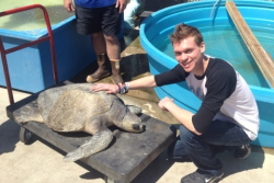 Michael with Paradise Fears, the turtle!!