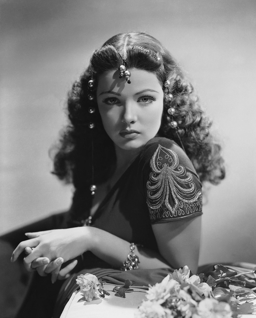 Gene Tierney as Zia. [Sundown (1941), directed by Henry Hathaway.]