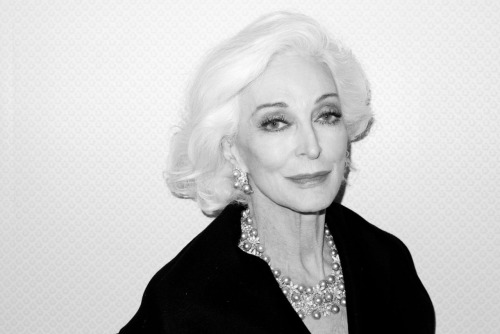 terrysdiary:  Carmen Dell'Orefice at The Waldorf Astoria  THIS IS WHAT I WANT TO LOOK LIKE WHEN IM A NANA