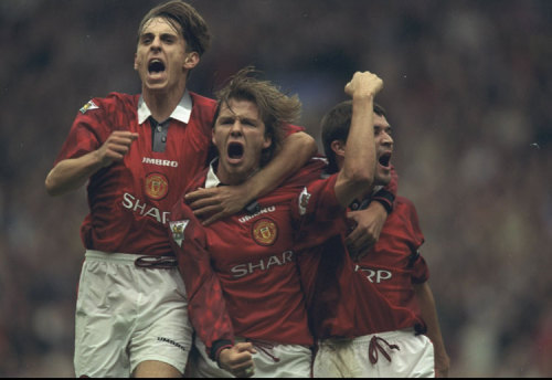 futboluseviyoruz:  Gary Neville, David Beckham & Roy Keane @ 13 September 1997.