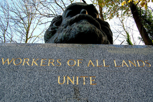 upst8ofmind:   Tomb of Karl Marx at Highgate Cemetery, London