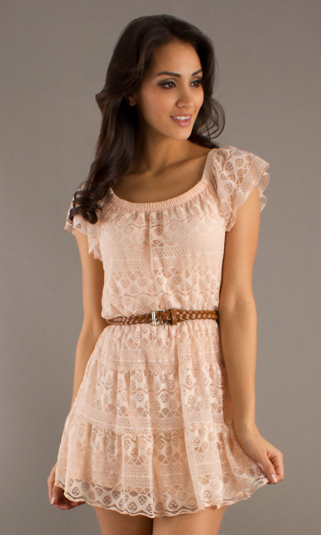 smileelovelyy:  this dress is so cute! i'm in love with lace these days <3