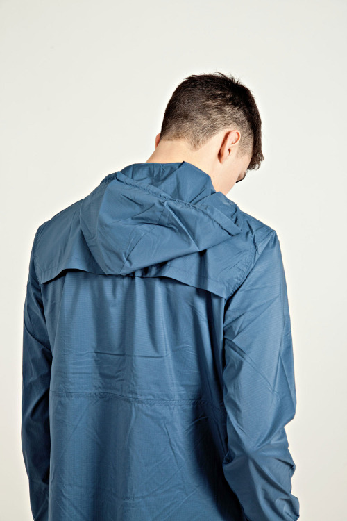 play:  Wndbreaker Jacket Blue
