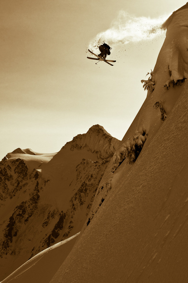 Vapour Trail Shredder: Unknown Photo: Grant Gunderson