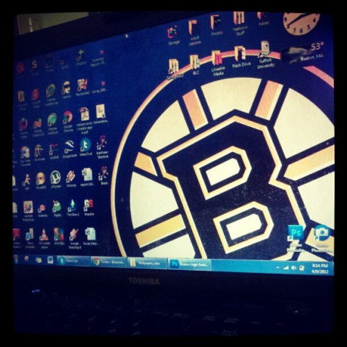 Laptop is officially playoff-ready. http://instagr.am/p/JN_voull1f/