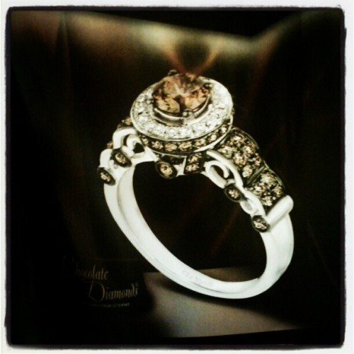 I want chocolate + diamonds on my ring finger :) #LeVian #Chocolatier #engagement #ring (Taken with instagram)