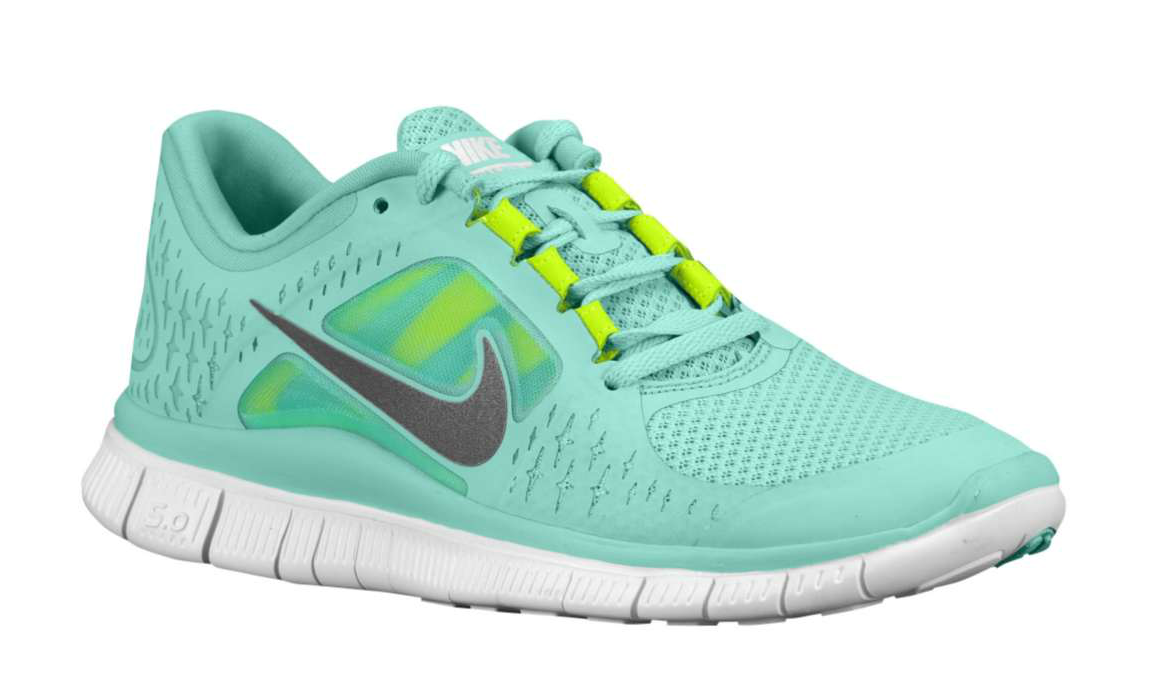 I want this. NOWWW!!!!! Nike Free Run +3 in Tropical Twist.