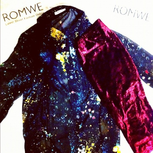 Today's mail from ROMWE.COM! Black sheer Galaxy polo and the famous Monki wine gold velvet leggings. :-) #fashion #shopping #mail #clothes #monki #romwe #galaxy #indie #polo #igdaily #igaddict #haul #velvet #leggings #stars #gold #wine (Taken with instagram)